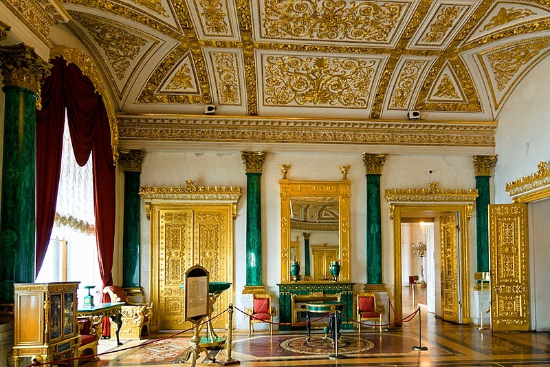 malachite-hall-at-the-winter-palace-in-st-petersburg-1589700728.jpg